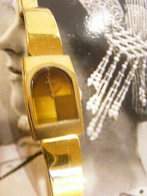 SEIKO WATCH 11-8349 Mechanical Wind Up Gold Tn BAND Arch Face Japan Vintage