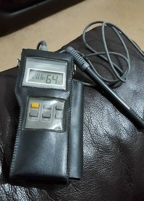 Professional Thermo-Hygrometer in Case