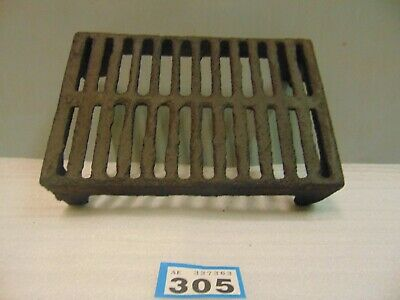 Victorian Cast Iron Grill Grille Air Brick  Vent  305