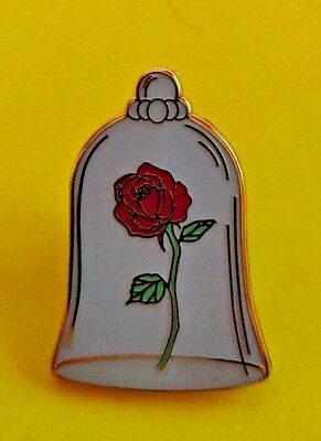 .Disney trade pin THE ROSE BEAUTY AND THE BEAST (I COMBINE THE P&P)10