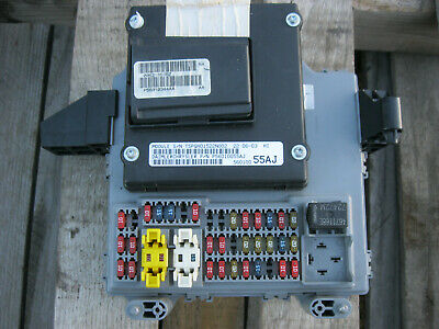 2002 Jeep Liberty Bcm Front Body Control Module Computer P56010344aa Fuse Box
