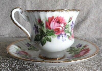 Paragon Tea Cup & Saucer by Appointment to Her Majesty The Queen Fine Bone China