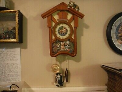 Bradford Exchange Wood Cat Mouse Cuckoo Westminster Chimes Cuckoo Clock AS IS