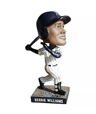Bernie Williams SGA Bobblehead 4/12/19 IN STOCK Yankee Stadium New In Box 2019