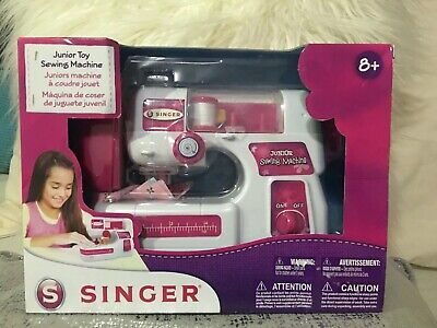 Singer Junior Toy Sewing Machine  Battery Operated