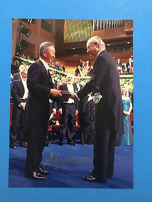 Charles Kuen Kao  (Nobel Prize Physics 2009)  Signed Nobel Prize Ceremony Photo
