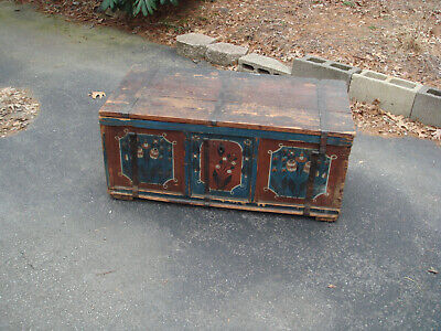 Outstanding Original New York Antique Wooden Chest Trunk- Must see!!!
