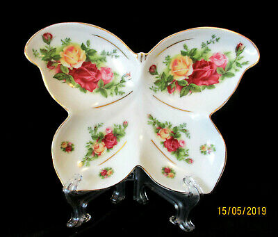 """ROYAL ALBERT   """"Old Country Roses""""    Butterfly Serving Dish   *Rare & Unusual*"""