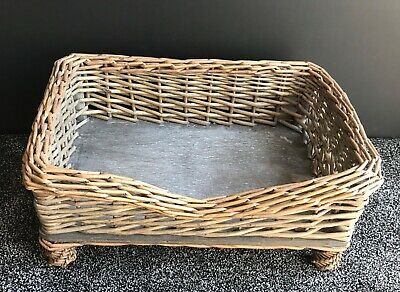 Medium Raised Brown Woven Wicker Pet Bed Basket Shabby Chic Kitten/Cat/Puppy/Dog