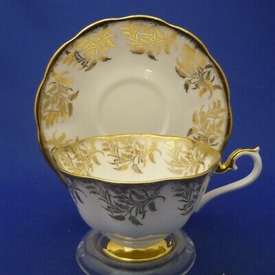 """Royal Albert England Wide """"4040"""" GOLDEN LEAVES Bone China Tea Cup & Saucer Duo"""