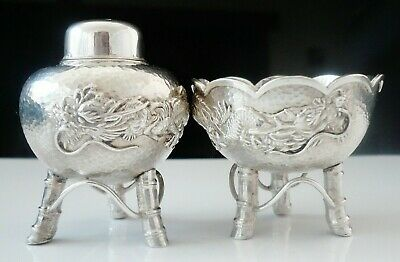 Chinese Export Pepper Pot & Salt Cellar with Dragon Decoration c.1920