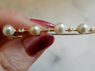 A Superb Art Deco Antique Cultured Pearl And Diamond Gold  Brooch