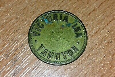 19th CENTURY BRASS PUB / TRADE TOKEN: VICTORIA INN TAUNTON 3d    Free P&P (UK)