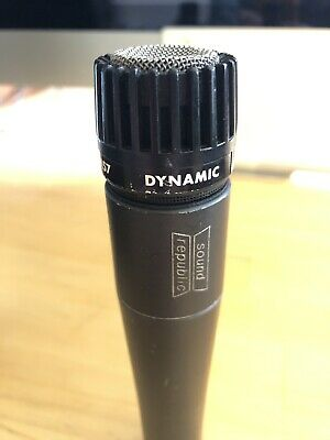 Shure SM57 Instrument Dynamic Microphone