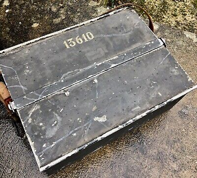 VINTAGE Green Steel MILITARY Army Hinged  TOOL BOX CHEST Painted Engineer Rail