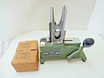 Steelpix Model 35D Flower Stemming Machine With Picks