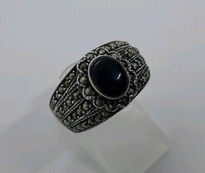 Beautiful Chunky Vintage Solid Sterling Silver Ring Black Onyx Marcasite - Q