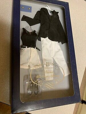 """Diana """"The Peoples Princess"""" Franklin Mint Portrait Doll Outfit"""