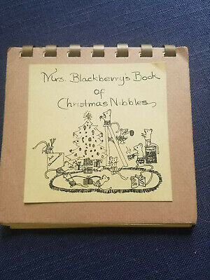 vintage Christmas cookbook Mrs. Blackberry's Nibbles mouse mice 1973