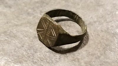 Ancient Roman Bronze RING (#15b) Engraved Bezel, Diagonal Lines, 19 mm, Wearable