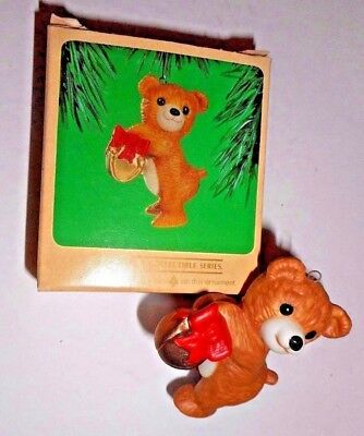 "1984 Hallmark Keepsake Christmas Tree BEAR Ornament Cinnamon Bear 2 3/4""      #7"