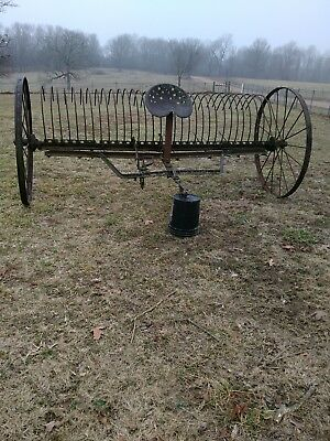 Antique horse drawn Hay Rake Farm Equipment Vintage Antique Complete great shape