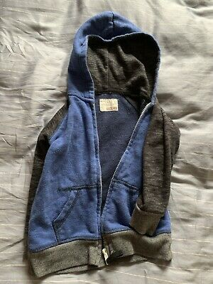 Sovereign Code Boys Hoodie Size 4t