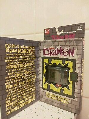 Orignal Digimon 1997 Virtual Pet V1 Grey Bandai, very rare to find in this cond