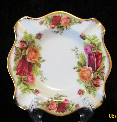 """ROYAL ALBERT   """"Old Country Roses""""    Square Ashtray    Excellent Condition."""
