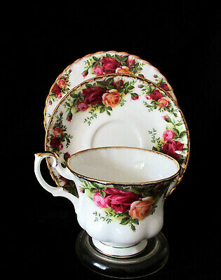 "ROYAL ALBERT    ""Old Country Roses""   Trio   Excellent Condition"