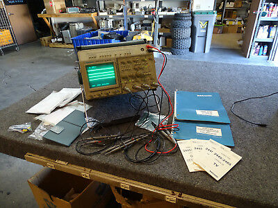 Tektronix 2465DVS 4Ch Oscilloscope w 6 Probes, GPIB, Manuals & Accs, Bag