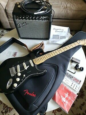 FenderSPECIAL EDITION Standard Stratocaster Electric Guitar w/ Amplifier & Gear