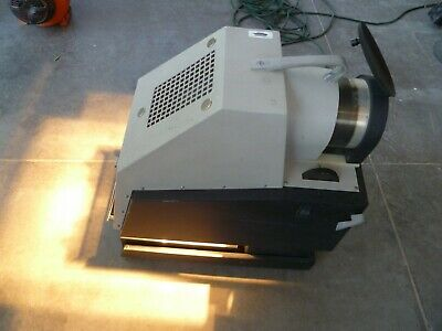 Da-Lite Vi-Lyte IV  Model 12400 Opaque Projector 110V
