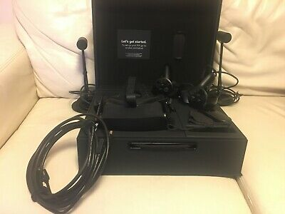 Oculus Rift CV1, Very Good Condition, With 2x Sensors and Oculus Remote