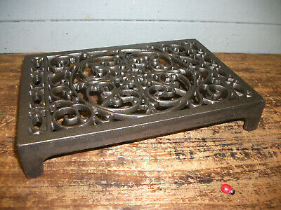 Cast Iron air Brick Vent Cast Air vent ORNATE  Pattern  inside/outside (seconds)
