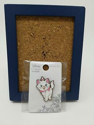 Disney Loungefly The Aristocats Marie Glitter Bow & Collar Enamel Pin 133154