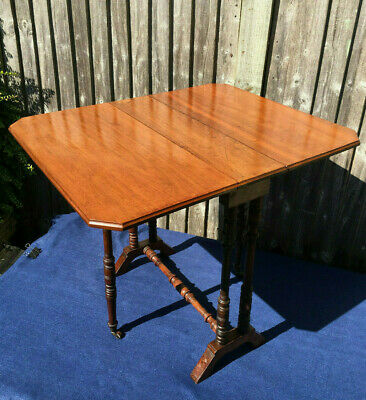 Antique Small Walnut Sutherland Table, Coffee Table, 19Th Century