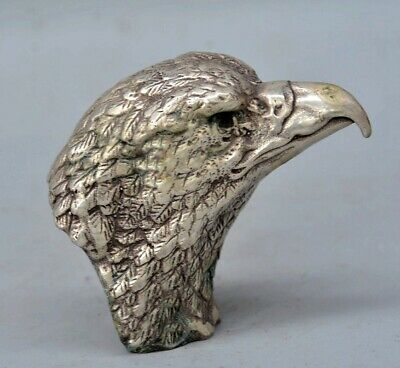 Collect China Antique Tibet Silver Hand Carve Hawk Head Delicate Vivid Statue