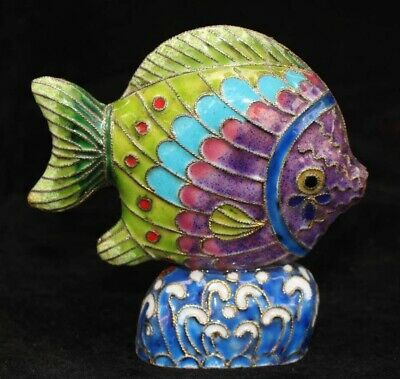 Collectable China Old Cloisonne Hand Carve Lifelike Delicate Noble Fish Statue
