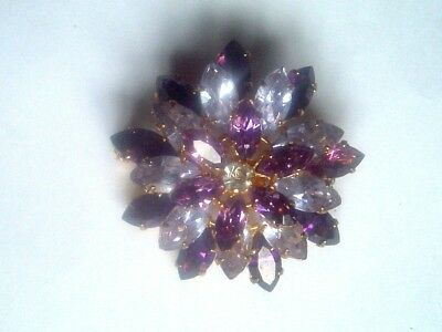 1930s AUSTRIAN CRYSTAL MARQUIS CUT MAUVE & LILAC CLAW SET STONES TIERED BROOCH