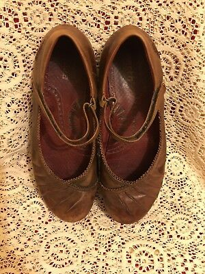 2f26b922f1 Earth Kalso Womens Negative Heel Brown Mary Janes Size 10.???Pls See