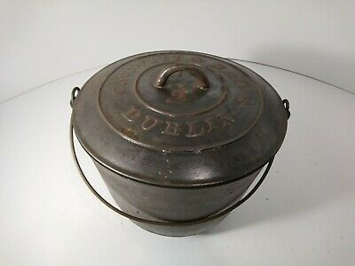 Rare Antique Vtg Cast Iron Pot Kettle Cauldron XH8 C.W. Witt & Bro's No 2 Dublin