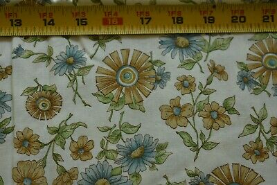 By 1//2 Yd Tan Floral on Blue Quilting M8608 Andover//Carolina//Morton//5311 B