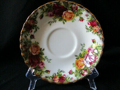 Royal Albert. Old Country Roses. Tea Cup Saucer. Made In England. 1962.