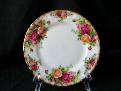 Royal Albert. Old Country Roses. Small Plate. Made In England. 1962.