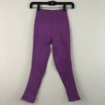 be8ca3bcd7574a LULULEMON Size 4 Ultra Violet ZONE IN TIGHT Seamless Compression Yoga Crop  M23