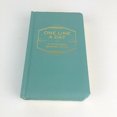 One Line a Day: A Five Year Memory Book by Chronicle Books