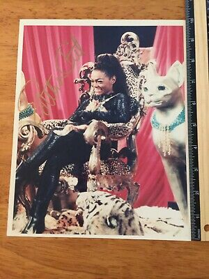Eartha Kitt Catwoman  Signed Autograph - A Collectors Must Have - Coa