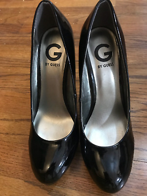 NIB Guess Women/'s Becool Classic Pumps in Red Patent