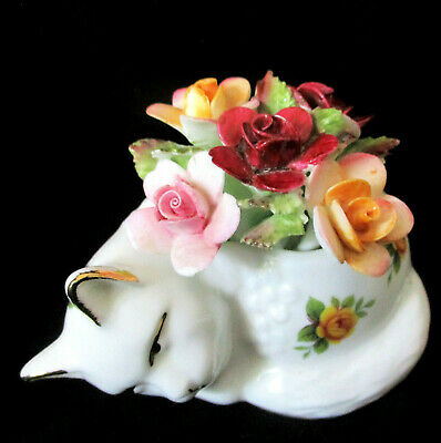 """ROYAL ALBERT    """"Old Country Roses""""  Kitten with Applied Flowers  Excel Cond"""